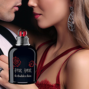 Amor Amor Forbidden Kiss woda toaletowa spray 100ml